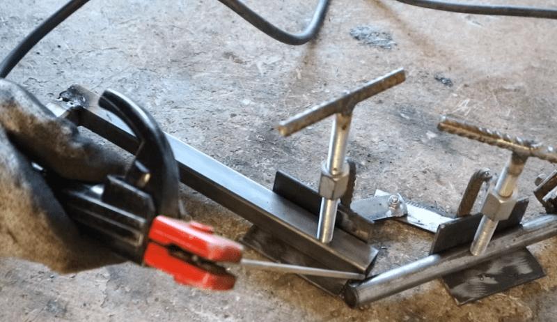 Самодельные и заводские струбцины для сварочных работ