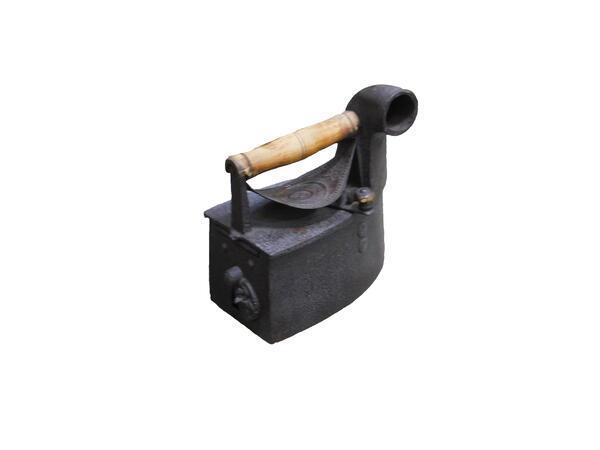 Утюг с трубой угольный описание
