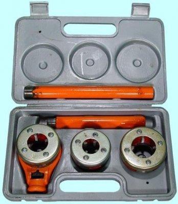 Ручной клупп для нарезки резьбы труб