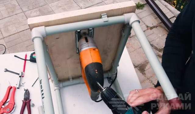 Сверлильный станок из пластиковых труб своими руками