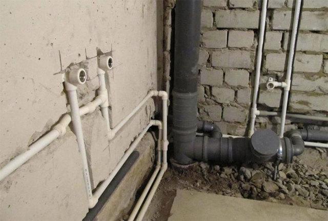 Какие фитинги можно прятать в стену