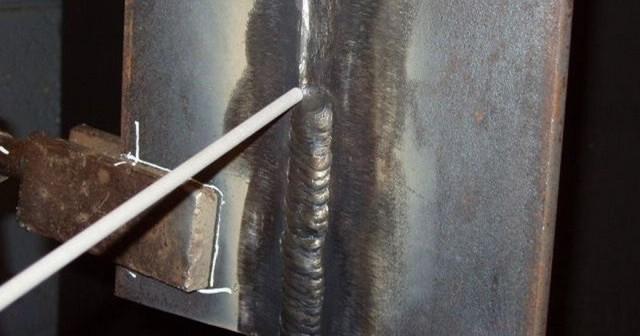 Сварка труб ручной дуговой сваркой вертикальный шов