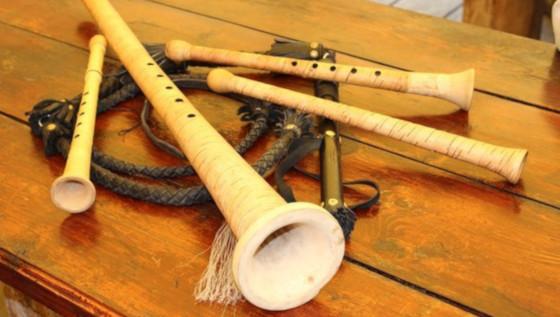 Русско народный музыкальный инструмент трубы