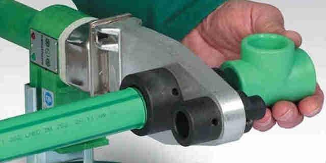 Утюжок для спаивания пластиковых труб