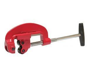 Ручной или электрический труборез