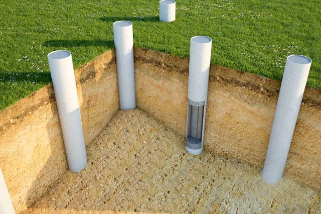 Трубный фундамент из стальных труб под террасу