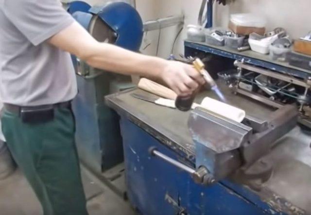 Ручка для скребка из полипропиленовой трубы