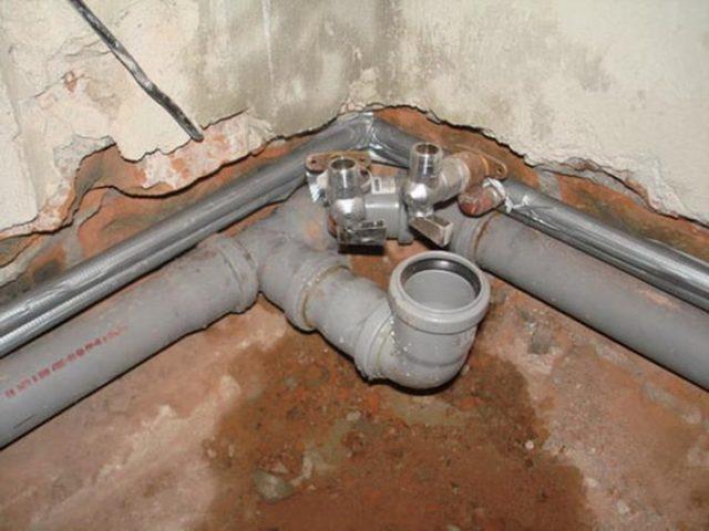 Технология ремонта канализационных труб